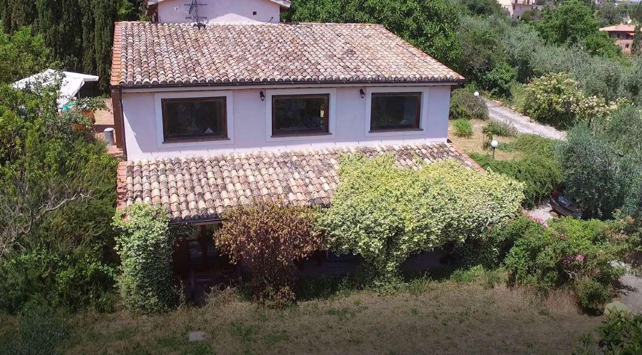 Soluzione Indipendente in vendita a Selci, 6 locali, prezzo € 380.000 | Cambio Casa.it