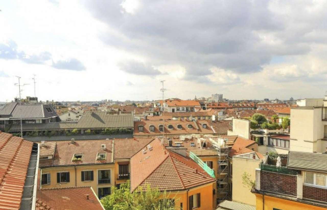 Bilocali in vendita a milano piazza cadorna for Case in vendita milano zona brera