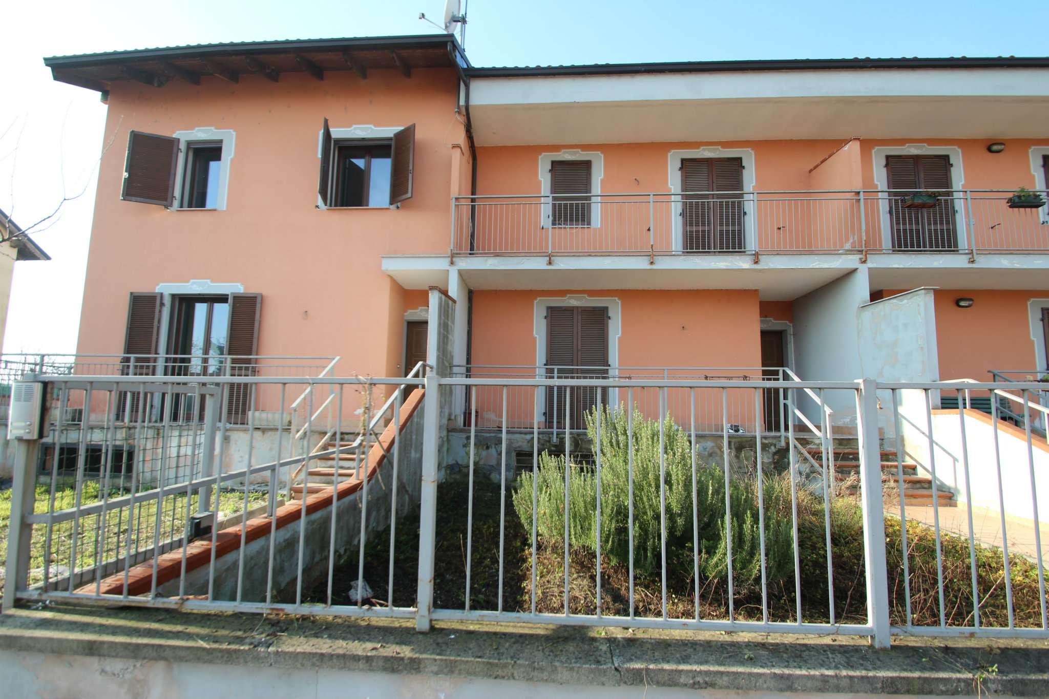 Villa a Schiera in vendita a Casalbeltrame, 4 locali, prezzo € 125.000 | Cambio Casa.it