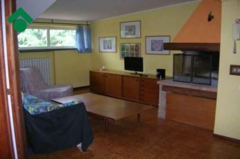 Appartamento in vendita a Quattro Castella, 3 locali, prezzo € 68.000 | Cambio Casa.it