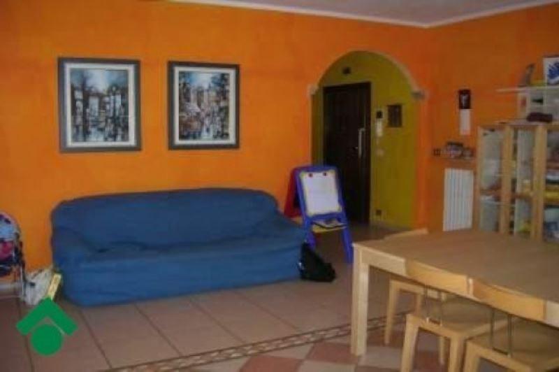 Appartamento in vendita a Quattro Castella, 3 locali, prezzo € 125.000 | Cambio Casa.it
