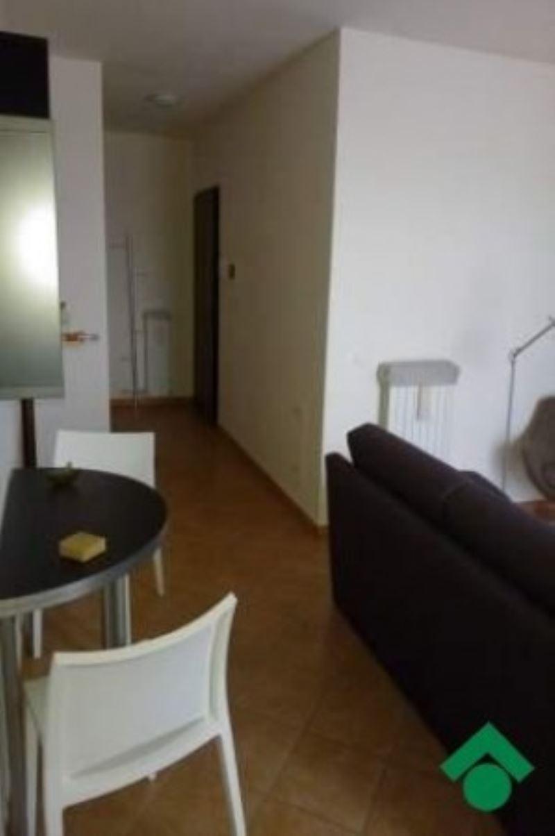 Appartamento in vendita a Quattro Castella, 3 locali, prezzo € 145.000 | Cambio Casa.it