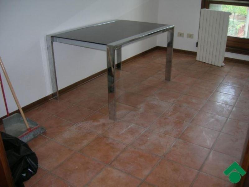 Appartamento in vendita a Bibbiano, 4 locali, prezzo € 155.000 | CambioCasa.it