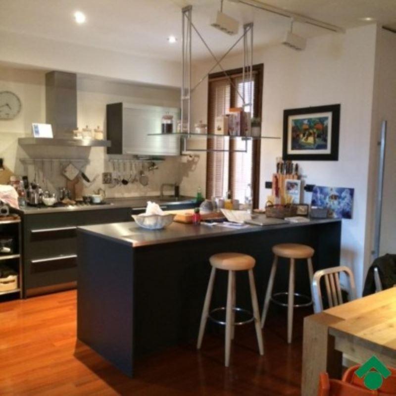 Appartamento in vendita a Vezzano sul Crostolo, 3 locali, prezzo € 185.000 | CambioCasa.it