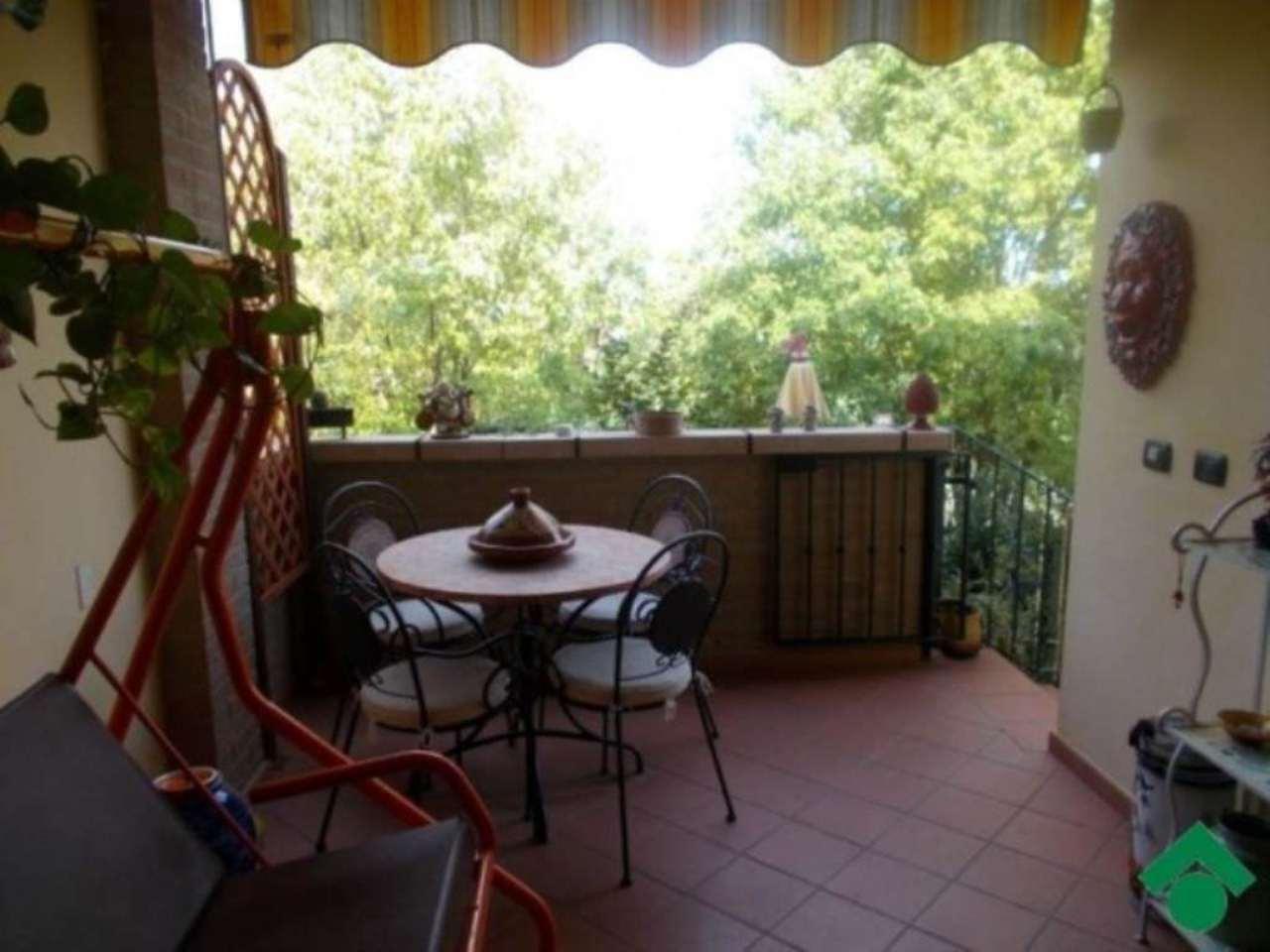 Villa in vendita a Quattro Castella, 4 locali, prezzo € 230.000 | Cambio Casa.it