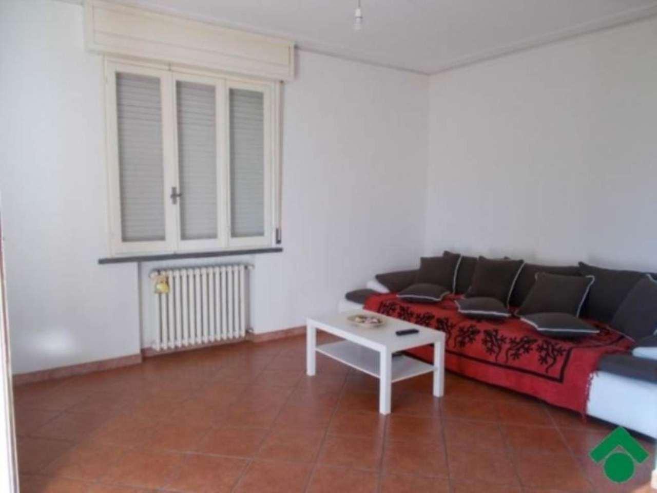 Appartamento in vendita a Bibbiano, 3 locali, prezzo € 100.000 | CambioCasa.it