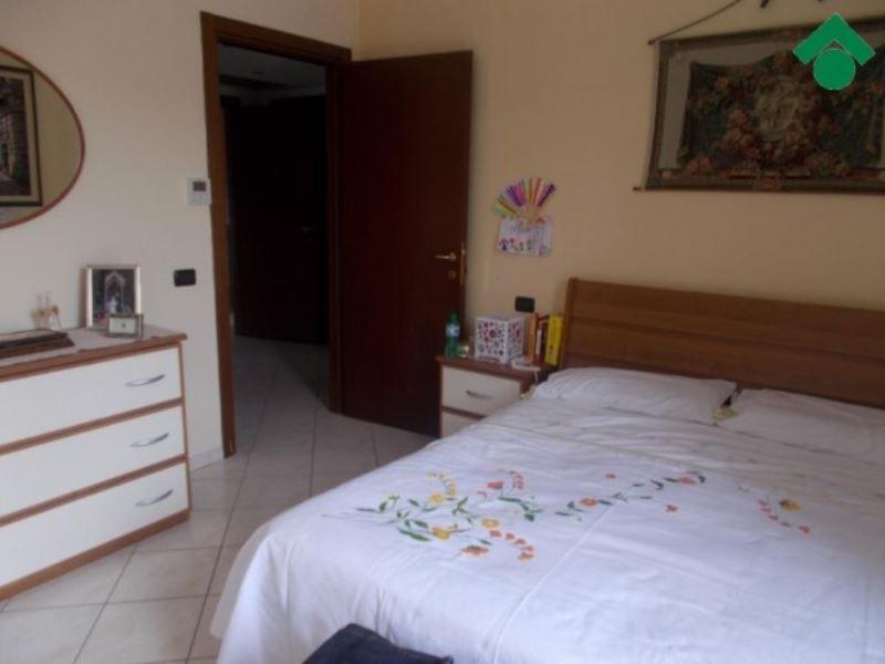 Appartamento in vendita a Canossa, 3 locali, prezzo € 135.000 | CambioCasa.it