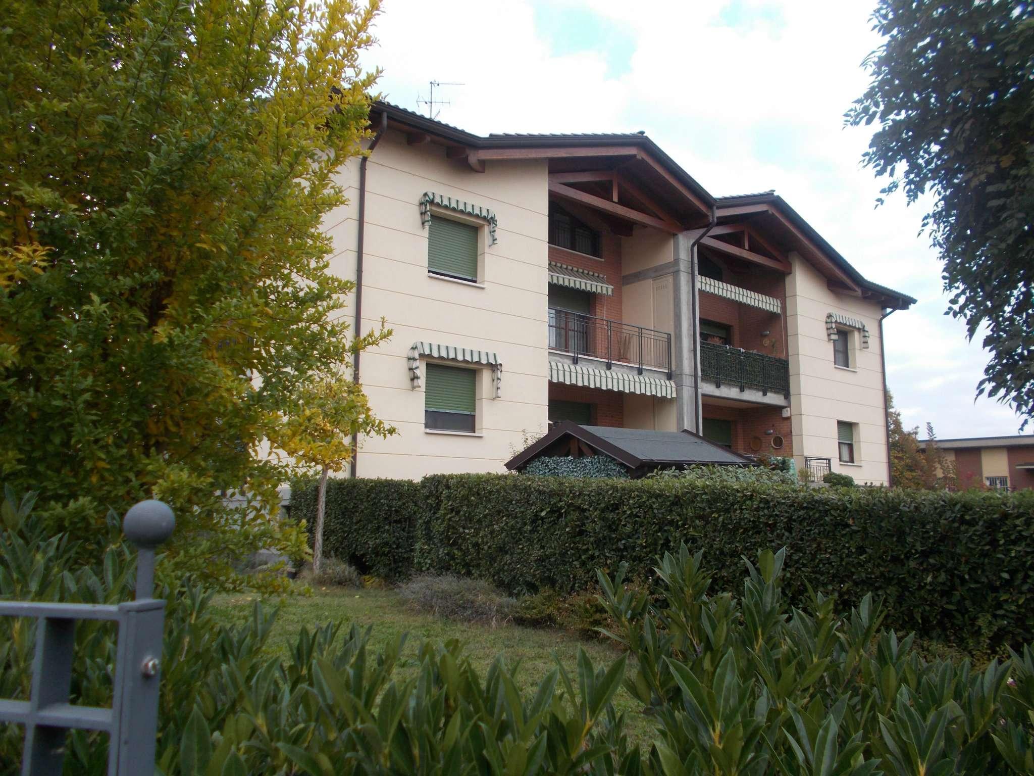 Appartamento in vendita a Quattro Castella, 3 locali, prezzo € 135.000 | Cambio Casa.it