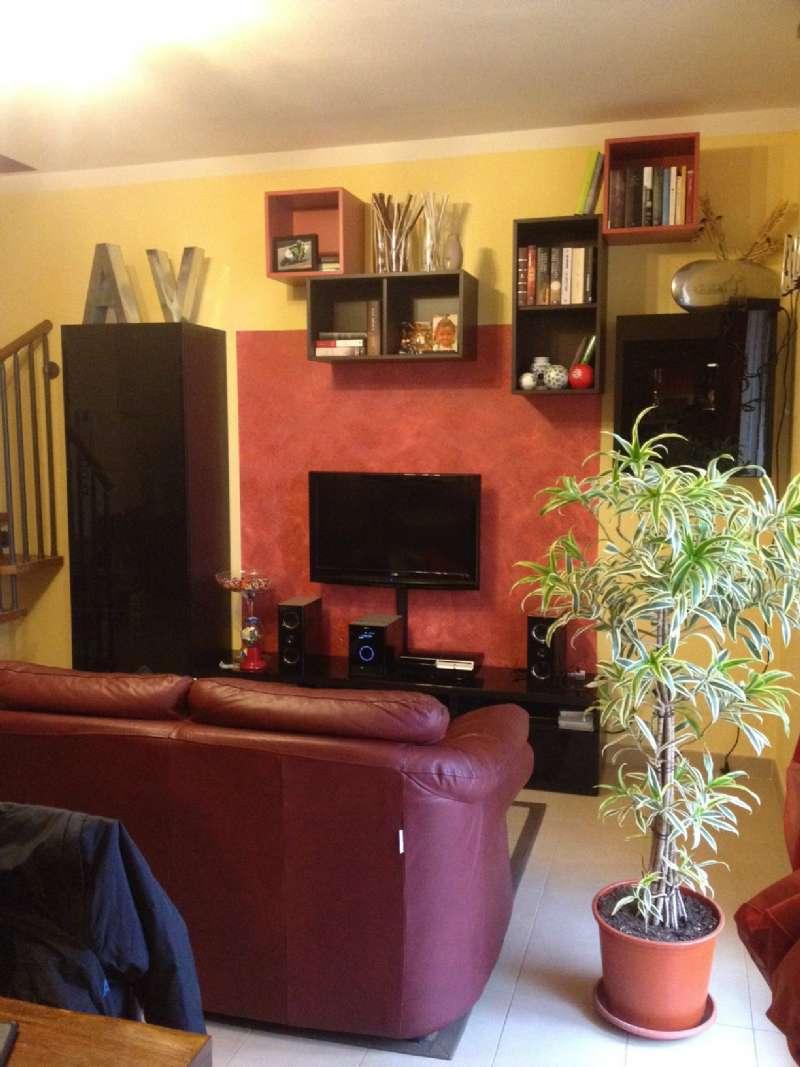 Appartamento in vendita a Albinea, 3 locali, prezzo € 165.000 | Cambio Casa.it