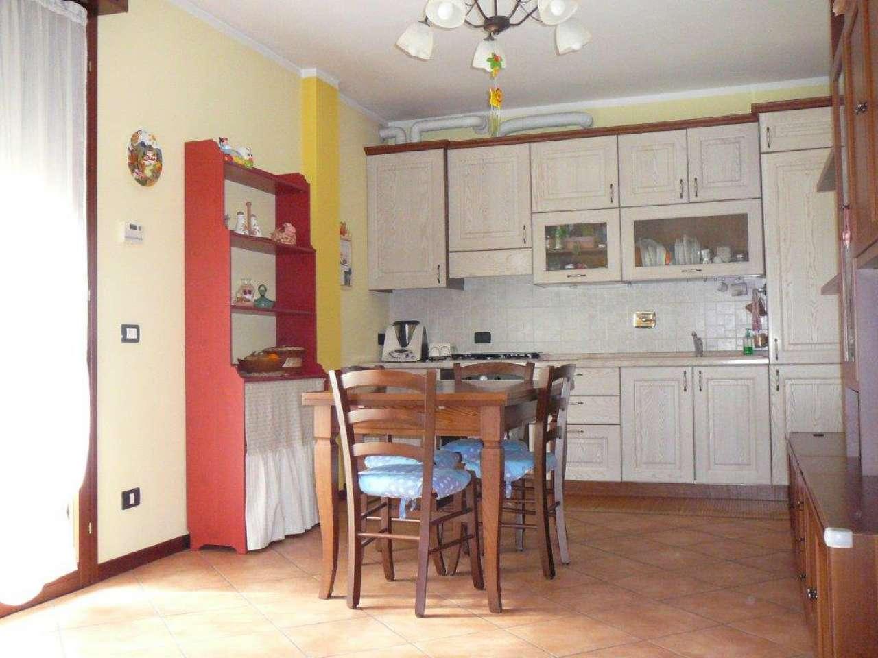 Appartamento in vendita a Bibbiano, 2 locali, prezzo € 79.000 | Cambio Casa.it