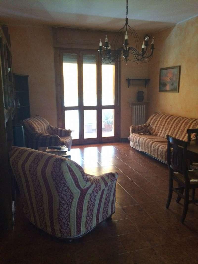 Appartamento in vendita a Quattro Castella, 3 locali, prezzo € 90.000 | Cambio Casa.it