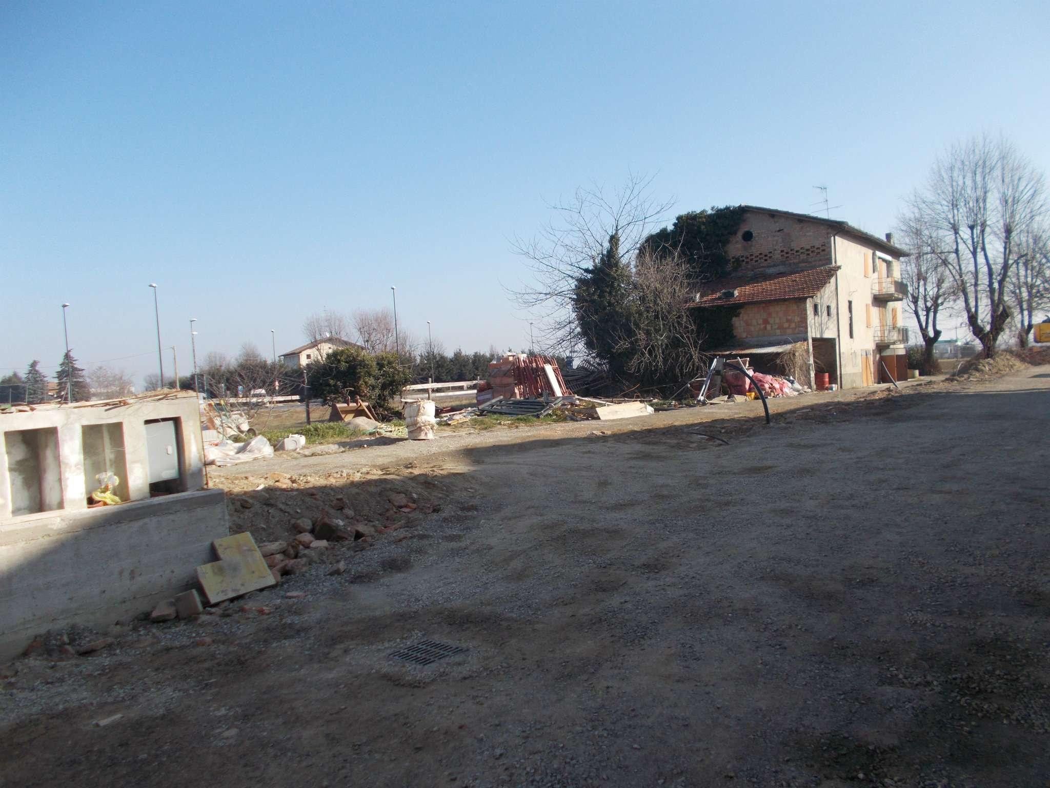 Terreno Edificabile Residenziale in vendita a Quattro Castella, 9999 locali, prezzo € 90.000 | Cambio Casa.it