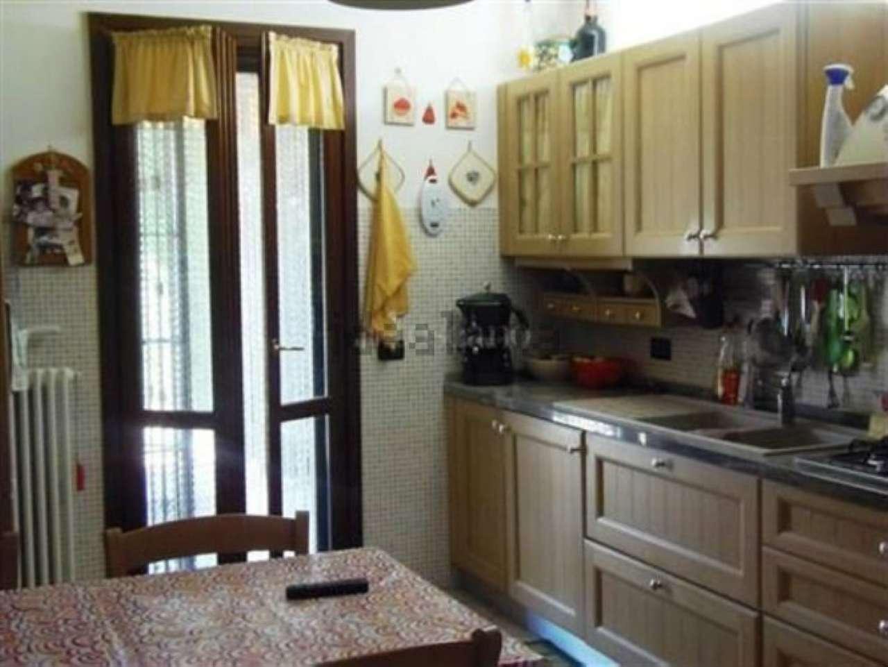 Vendita case e appartamenti a quattro castella for Quattro case letto in vendita