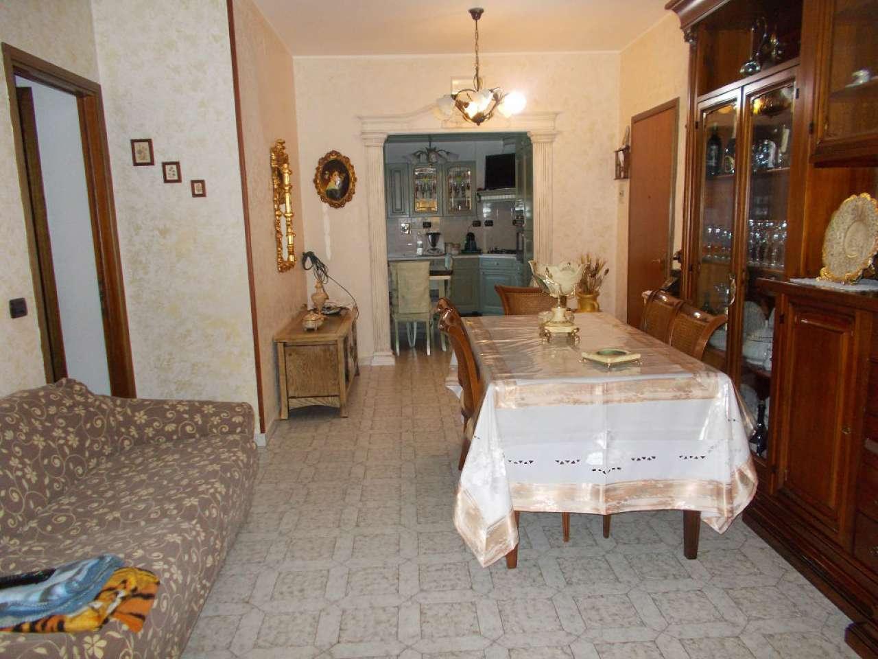 Appartamento in vendita a Quattro Castella, 4 locali, prezzo € 130.000 | Cambio Casa.it