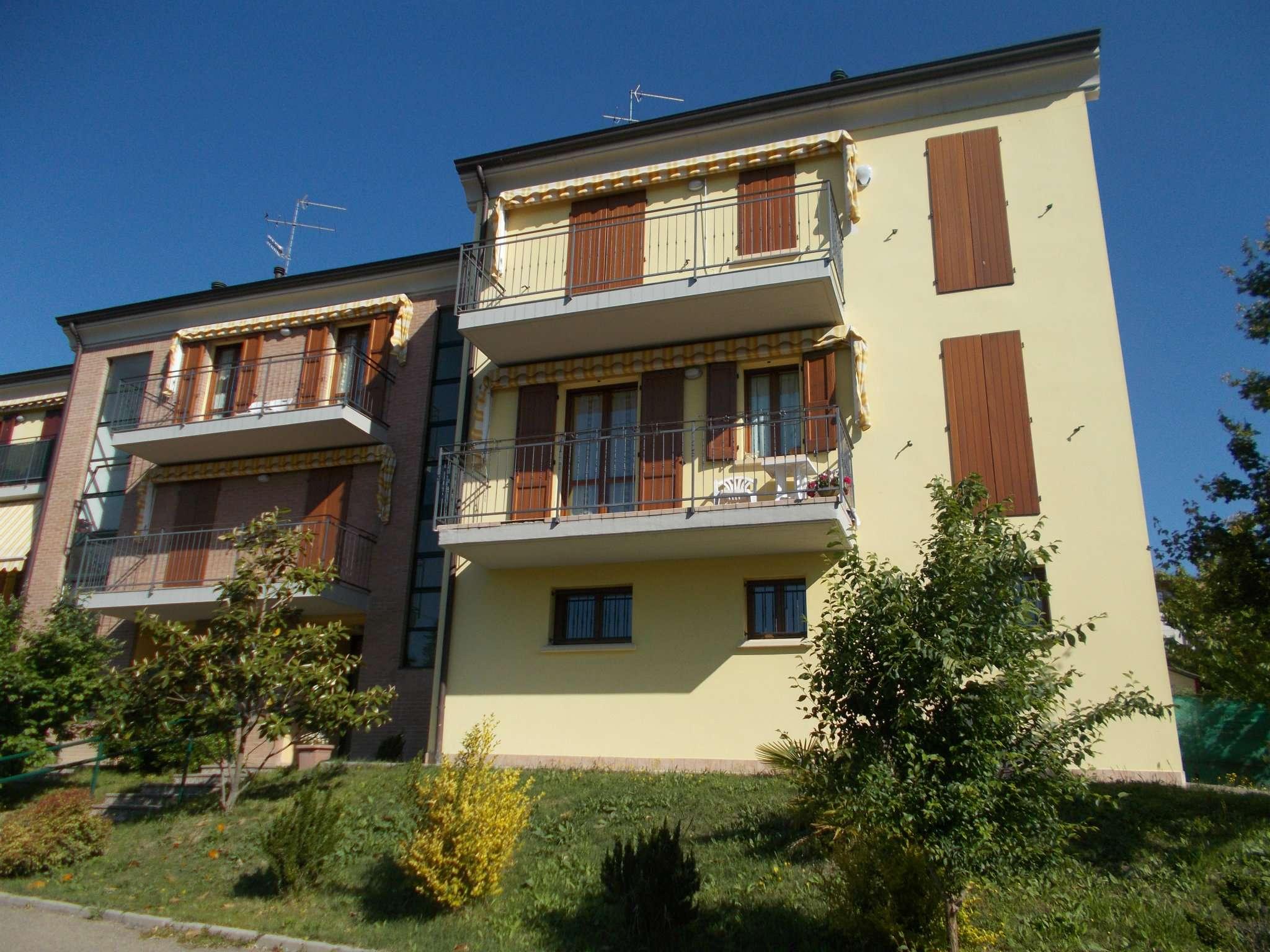 Appartamento in vendita a Vezzano sul Crostolo, 2 locali, prezzo € 72.000 | CambioCasa.it