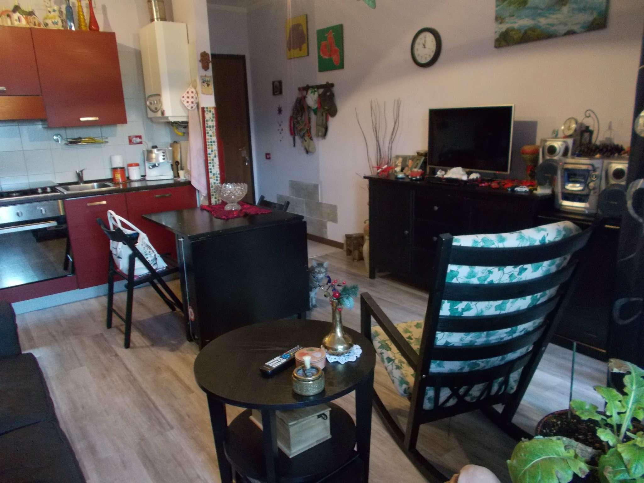 Appartamento in vendita a Reggio Emilia, 2 locali, prezzo € 70.000   CambioCasa.it