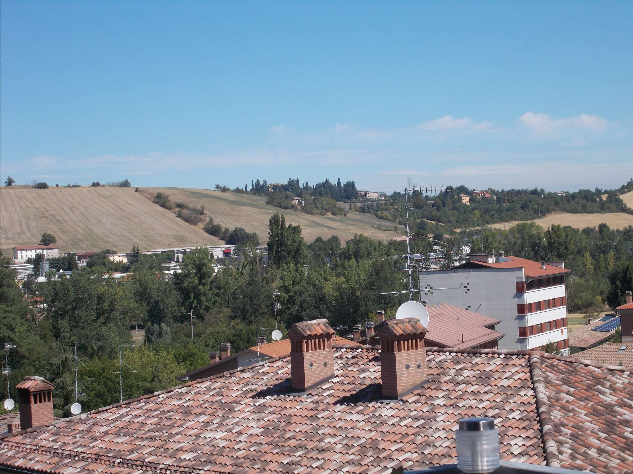 Soluzione Indipendente in vendita a Vezzano sul Crostolo, 6 locali, prezzo € 550.000 | CambioCasa.it