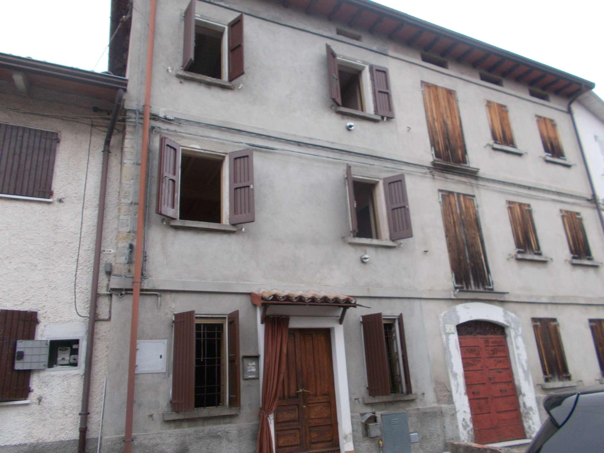 Soluzione Indipendente in vendita a Casina, 3 locali, prezzo € 20.000   CambioCasa.it