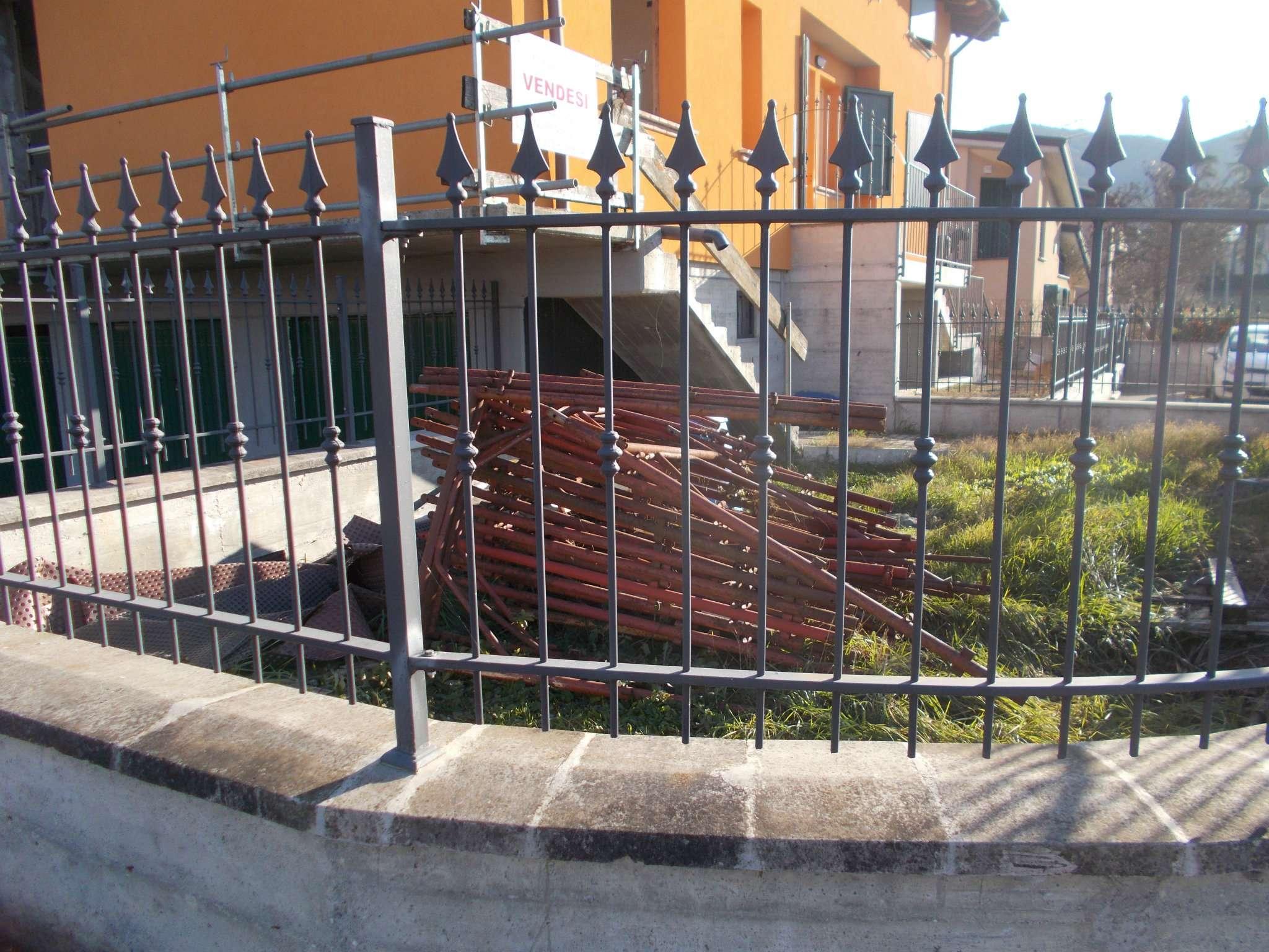 Soluzione Semindipendente in vendita a Vezzano sul Crostolo, 3 locali, prezzo € 140.000 | CambioCasa.it