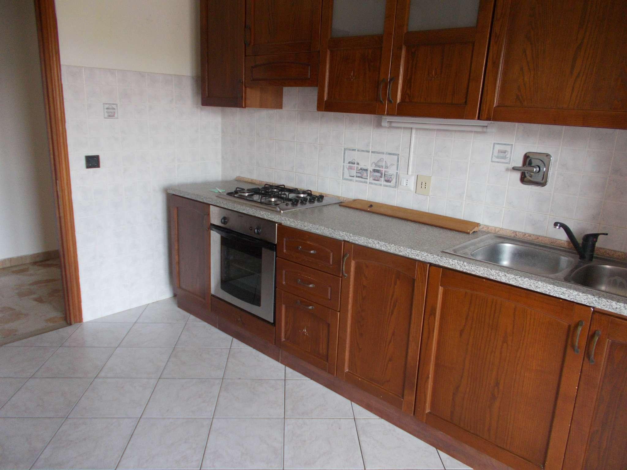 Appartamento in affitto a Quattro Castella, 3 locali, prezzo € 400   CambioCasa.it