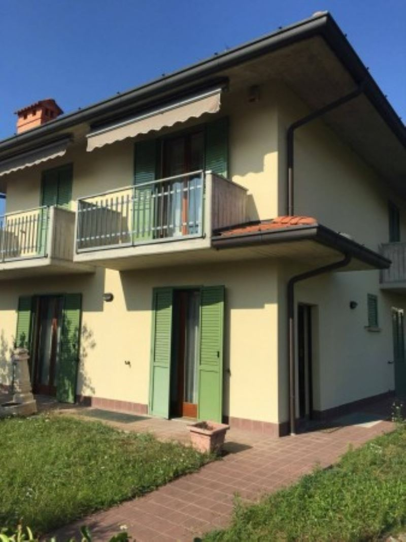 Villa in vendita a Telgate, 3 locali, prezzo € 258.000 | Cambio Casa.it