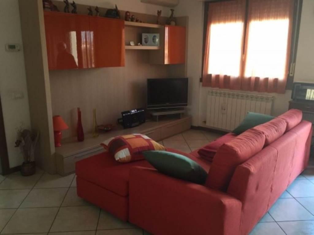 Appartamento in vendita a Grumello del Monte, 2 locali, prezzo € 85.000 | Cambio Casa.it