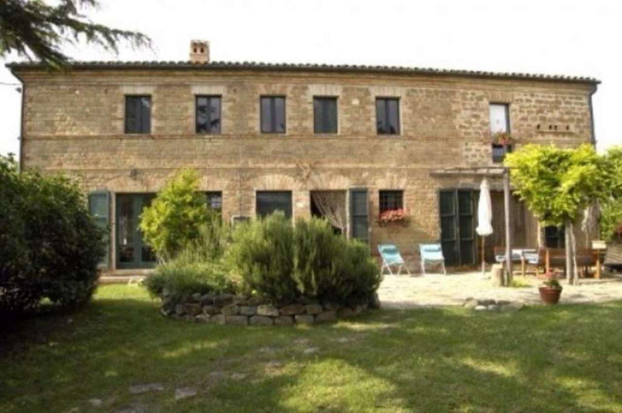 Rustico / Casale in Vendita a Castelplanio