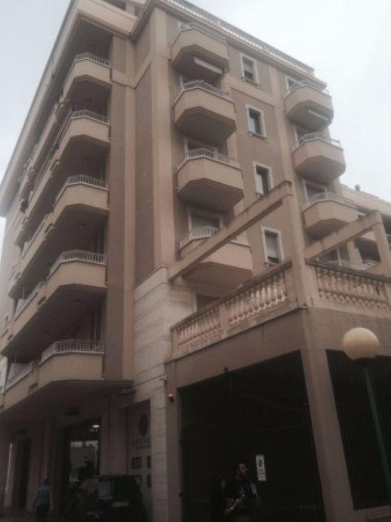 Attico / Mansarda in vendita a Pescara, 4 locali, Trattative riservate   Cambio Casa.it