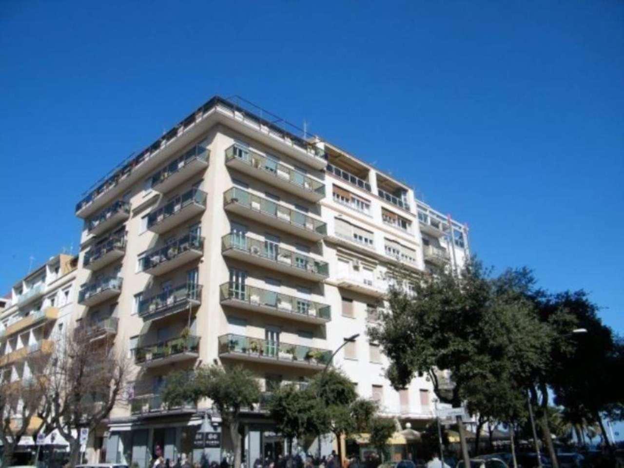 Attico / Mansarda in vendita a Pescara, 5 locali, Trattative riservate   Cambio Casa.it