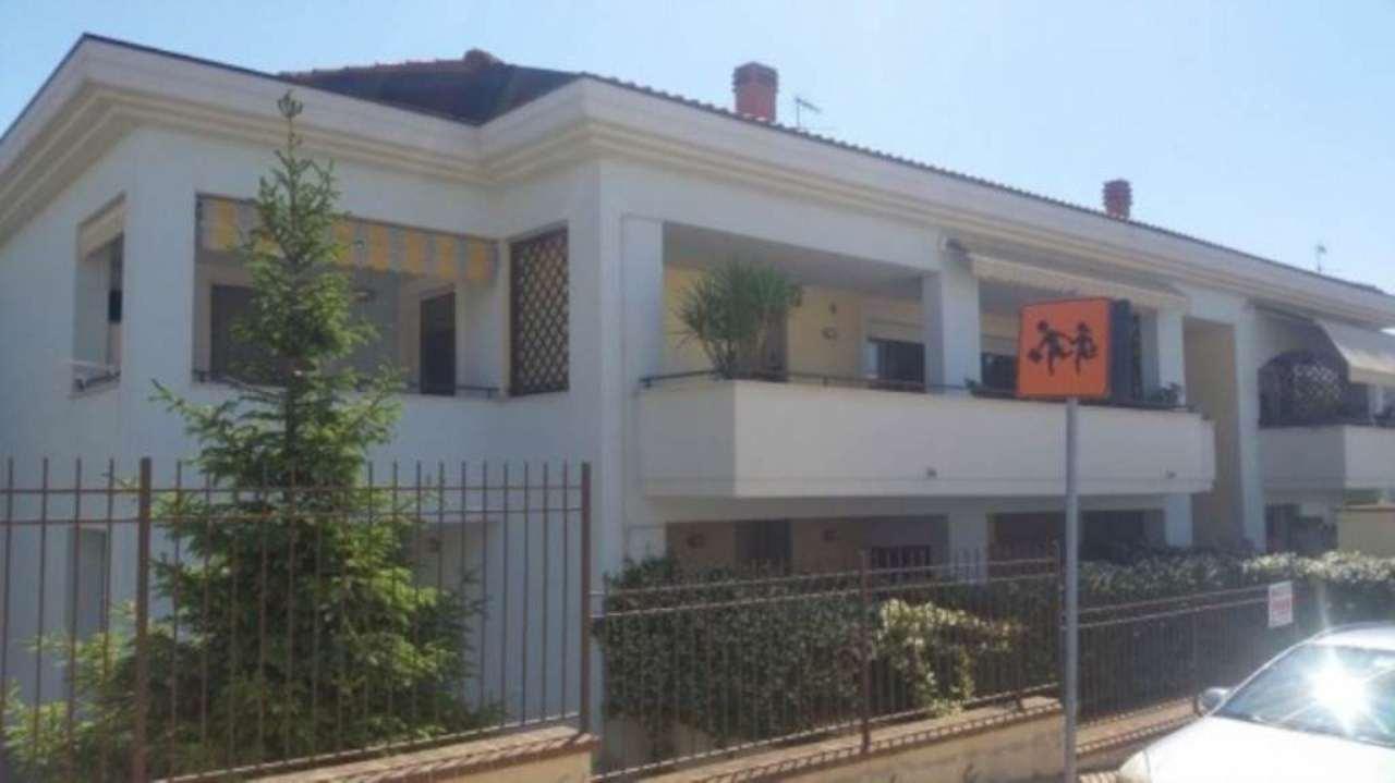 Appartamento in vendita a Città Sant'Angelo, 3 locali, prezzo € 150.000 | Cambio Casa.it