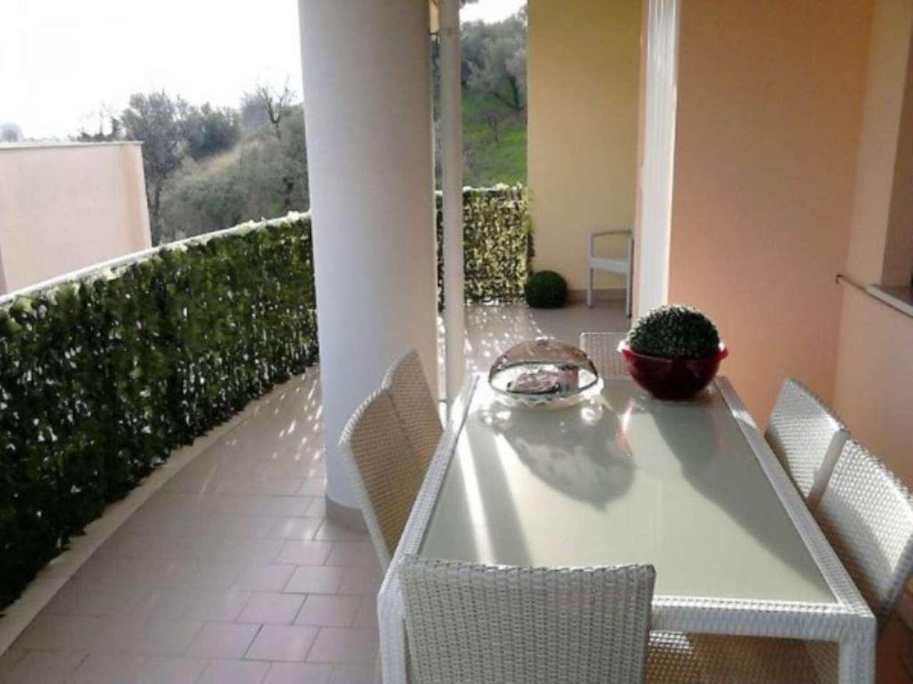 Attico / Mansarda in vendita a Montesilvano, 6 locali, prezzo € 215.000 | Cambio Casa.it