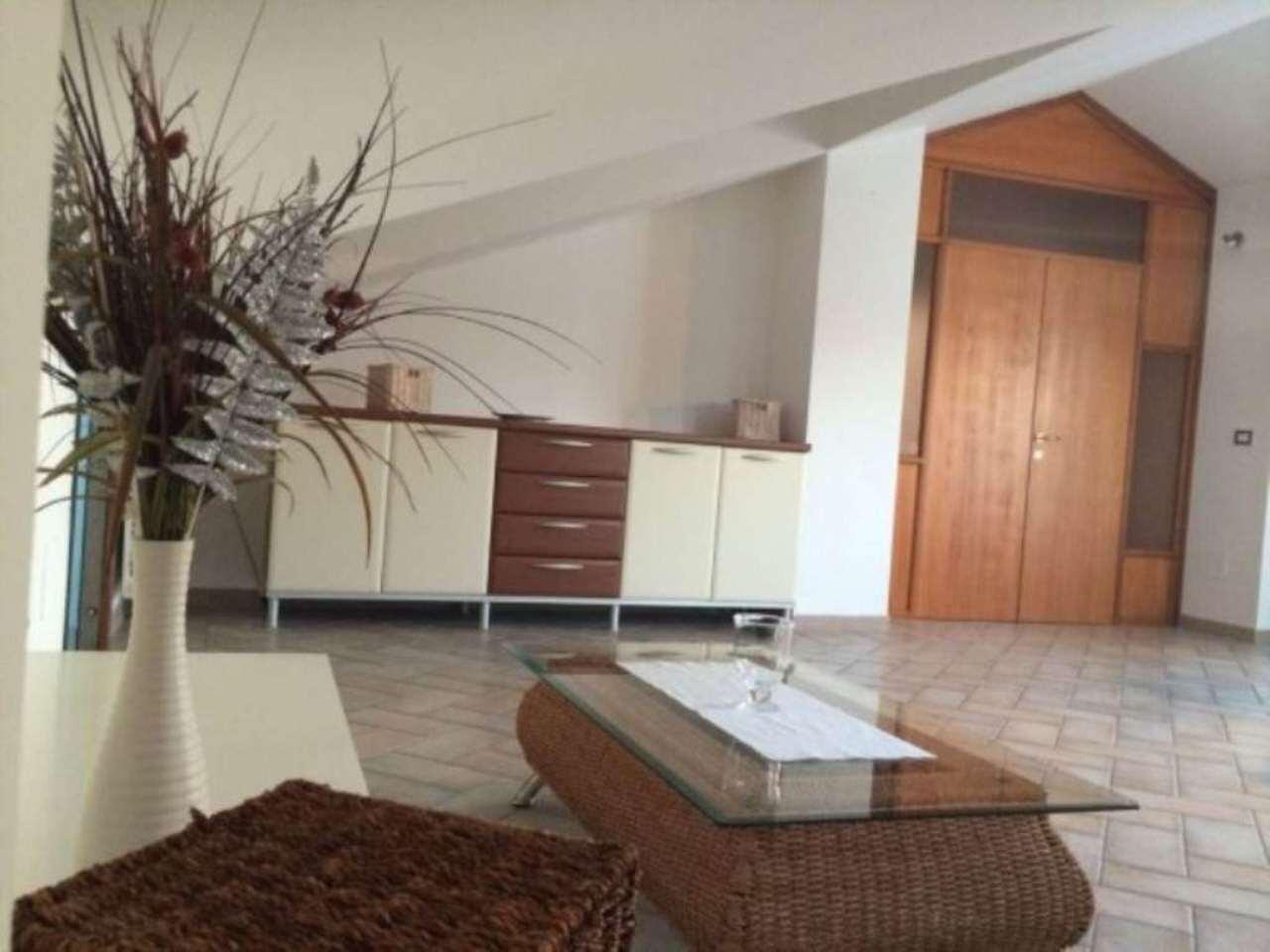 Attico / Mansarda in vendita a Francavilla al Mare, 4 locali, prezzo € 120.000   Cambio Casa.it