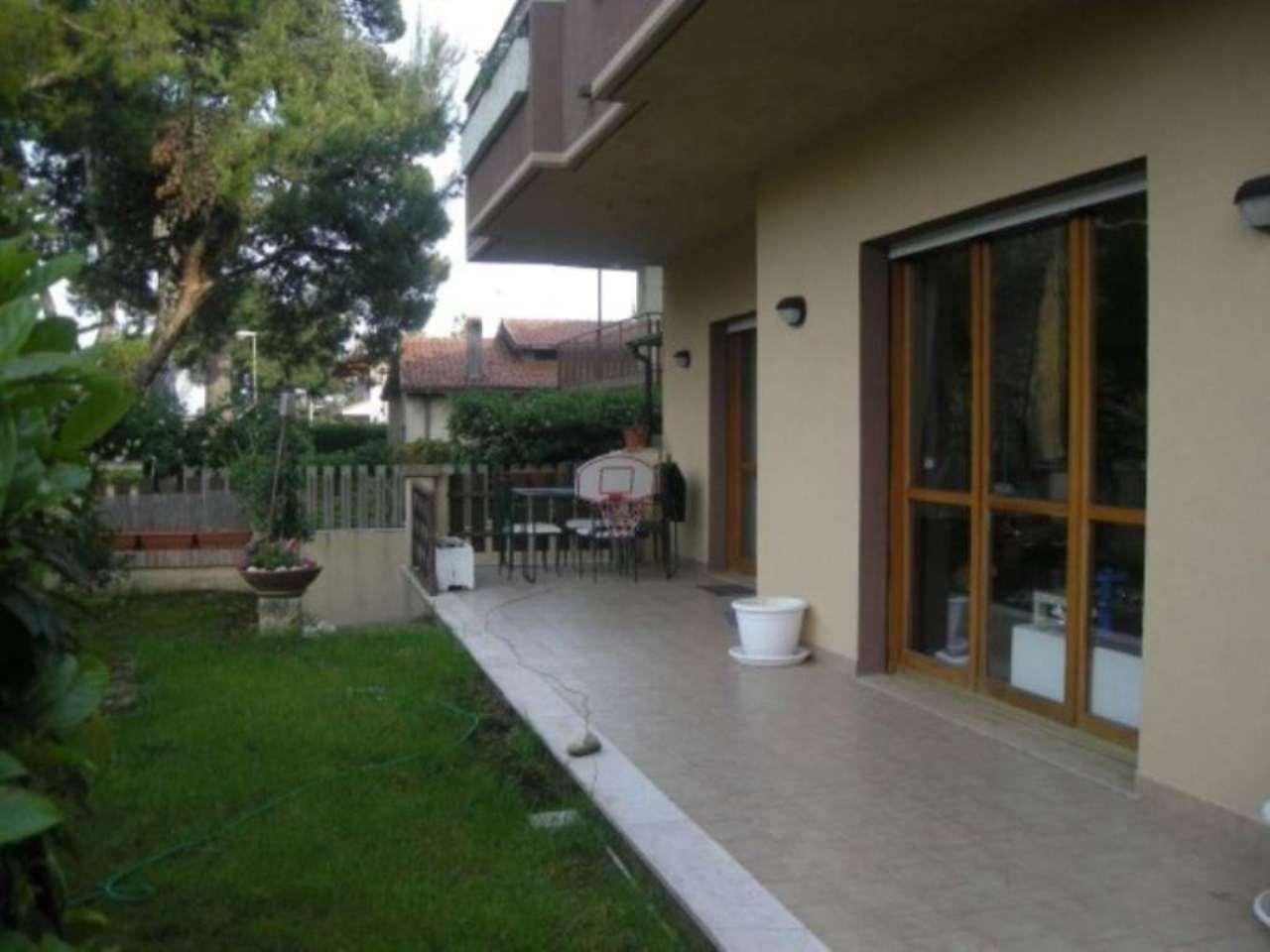 Villa in vendita a Francavilla al Mare, 6 locali, prezzo € 395.000 | Cambio Casa.it