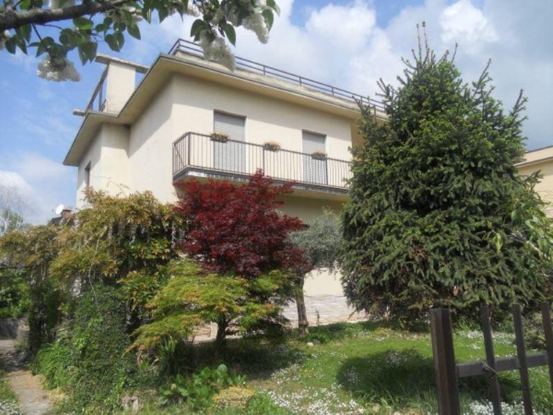 Villa in vendita a Brescia, 5 locali, prezzo € 300.000 | Cambio Casa.it