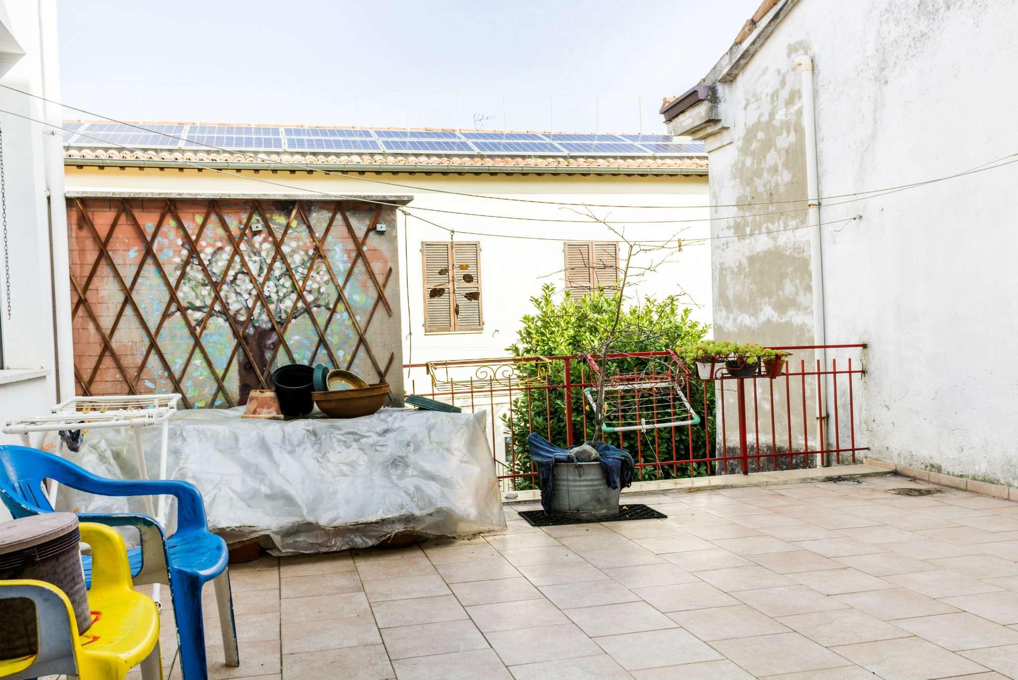 Palazzo / Stabile in vendita a Forlimpopoli, 5 locali, prezzo € 180.000 | Cambio Casa.it