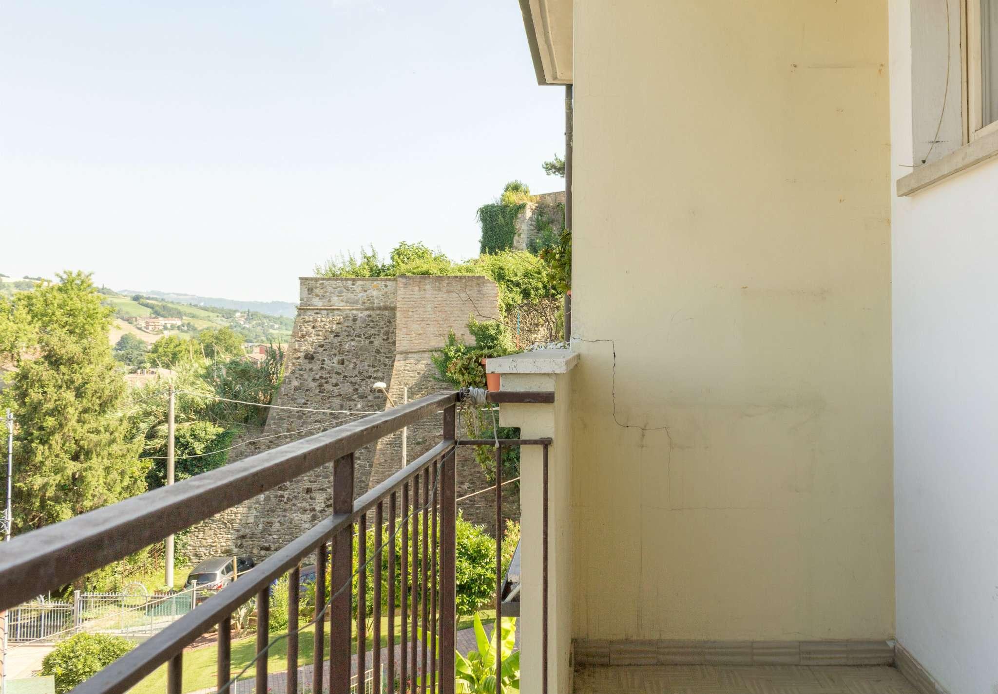 Appartamento in vendita a Meldola, 3 locali, prezzo € 65.000 | Cambio Casa.it