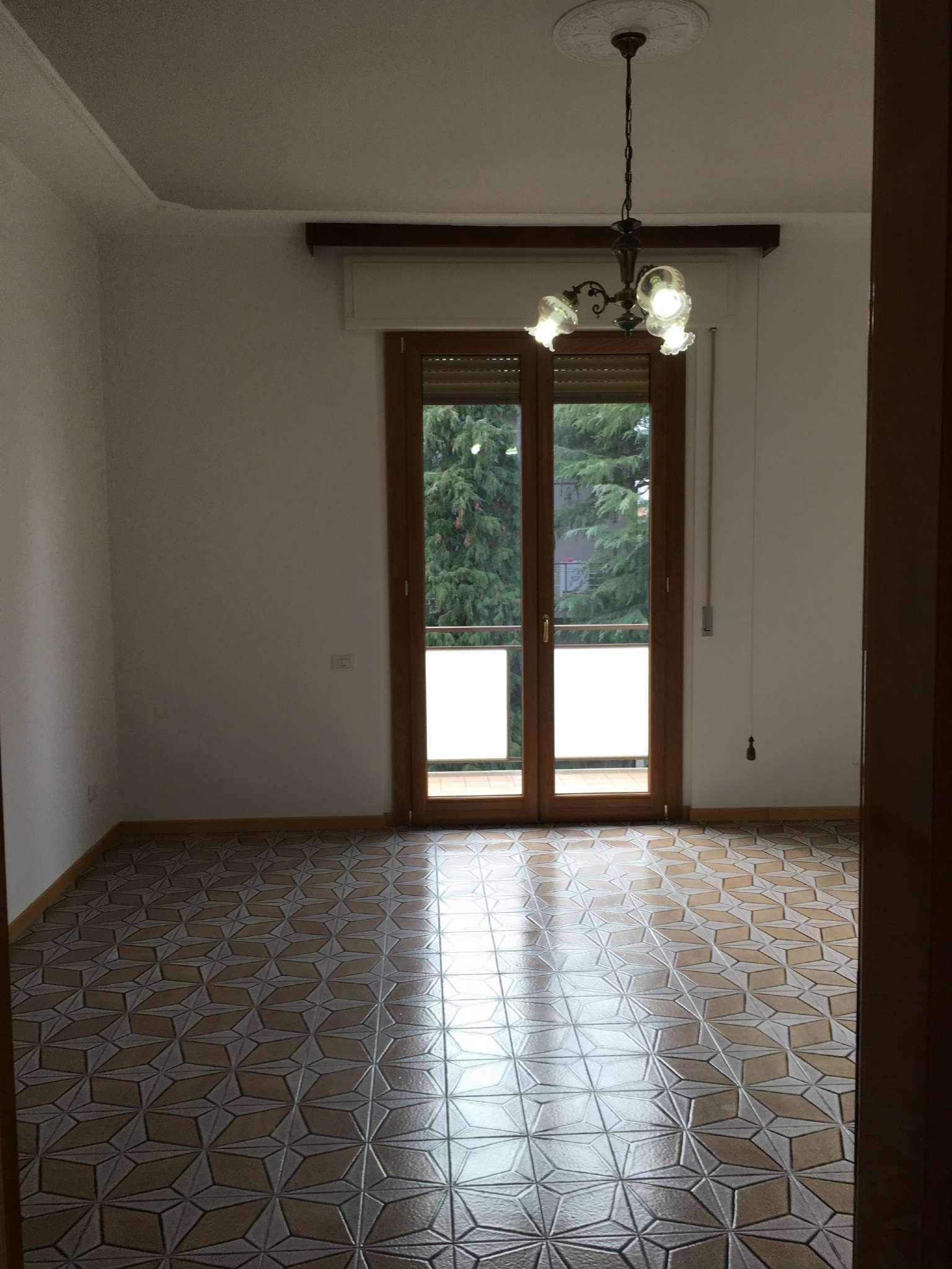 Appartamento in affitto a Forlimpopoli, 4 locali, prezzo € 650 | Cambio Casa.it