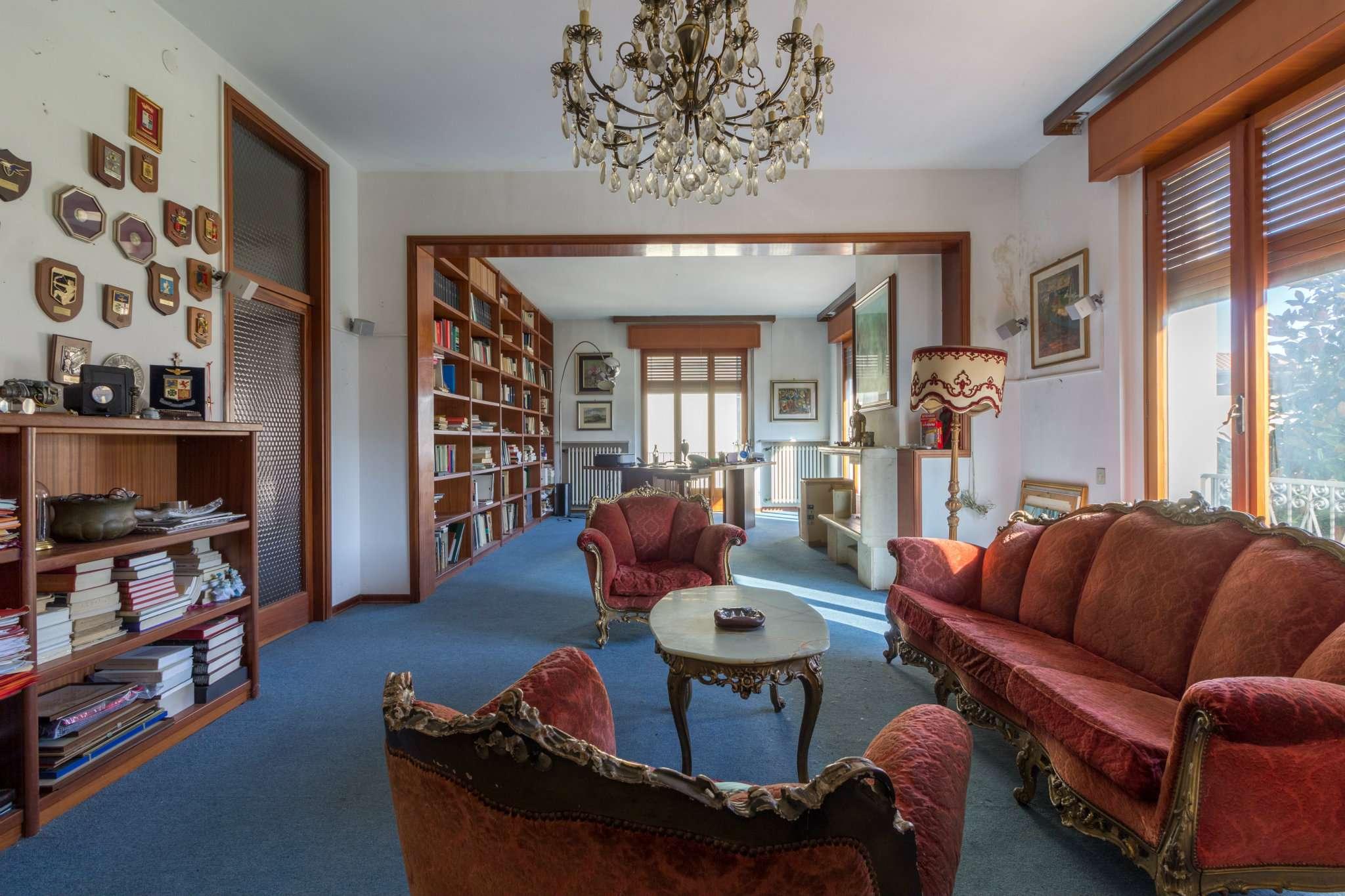 Villa in vendita a Meldola, 5 locali, Trattative riservate | Cambio Casa.it