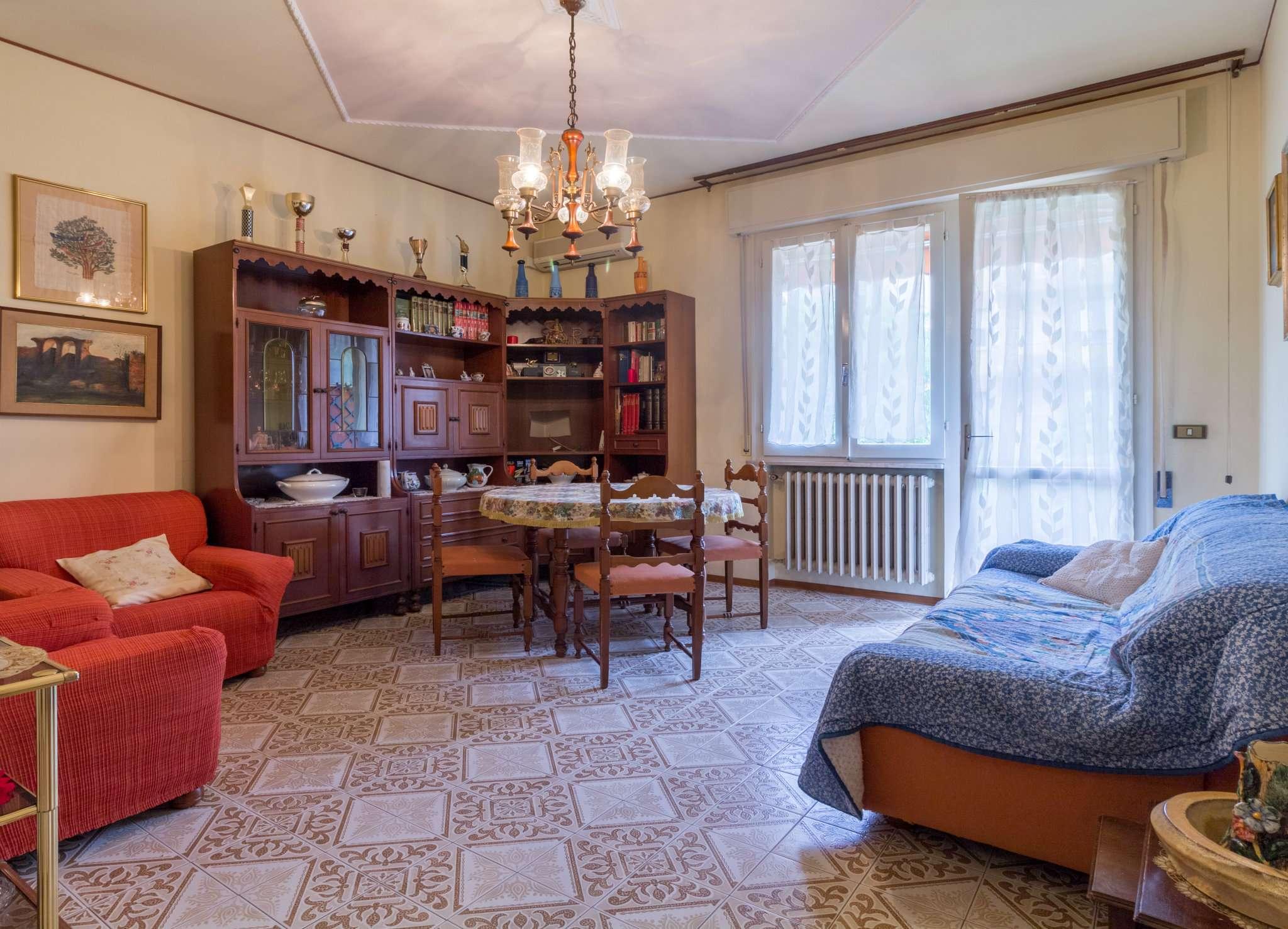 Appartamento in vendita a Cesena, 3 locali, prezzo € 121.000 | CambioCasa.it