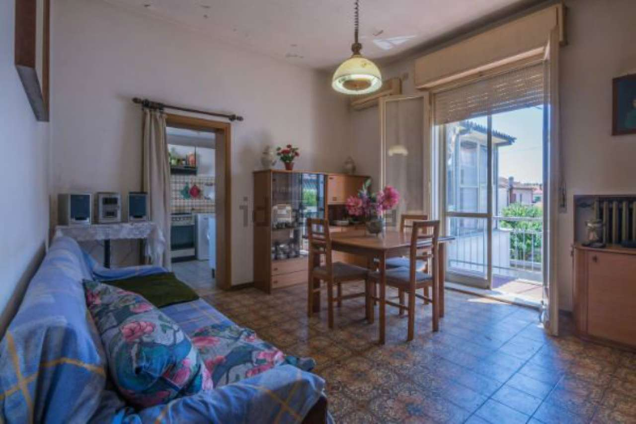 Appartamento in vendita a Forlimpopoli, 5 locali, prezzo € 178.000 | CambioCasa.it