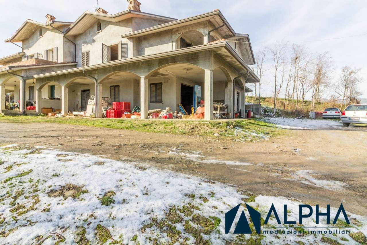 Porzione di casa 5 locali in vendita a Meldola (FC)