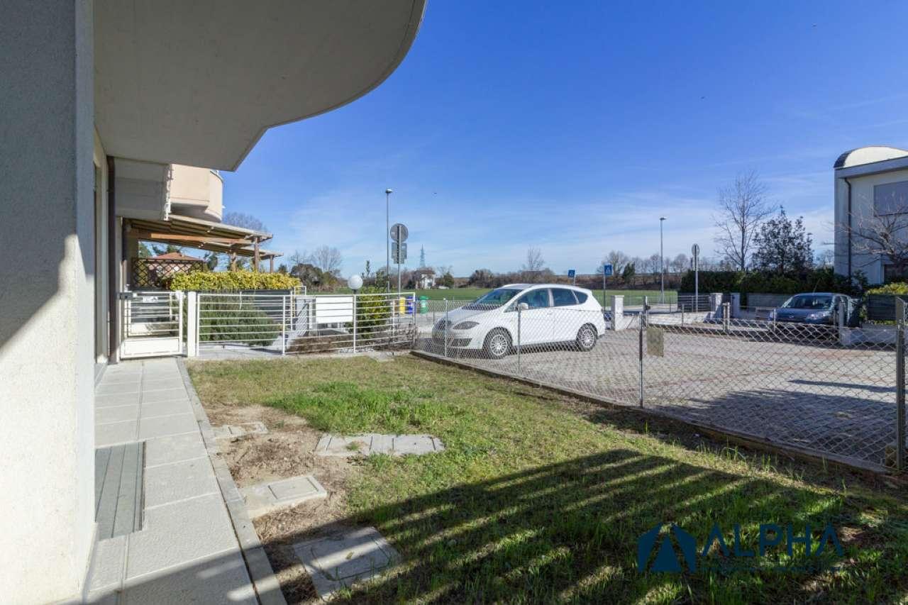 Foto 26 di Trilocale via serachieda, Ravenna (zona San Pietro in Vincoli, Castiglione)
