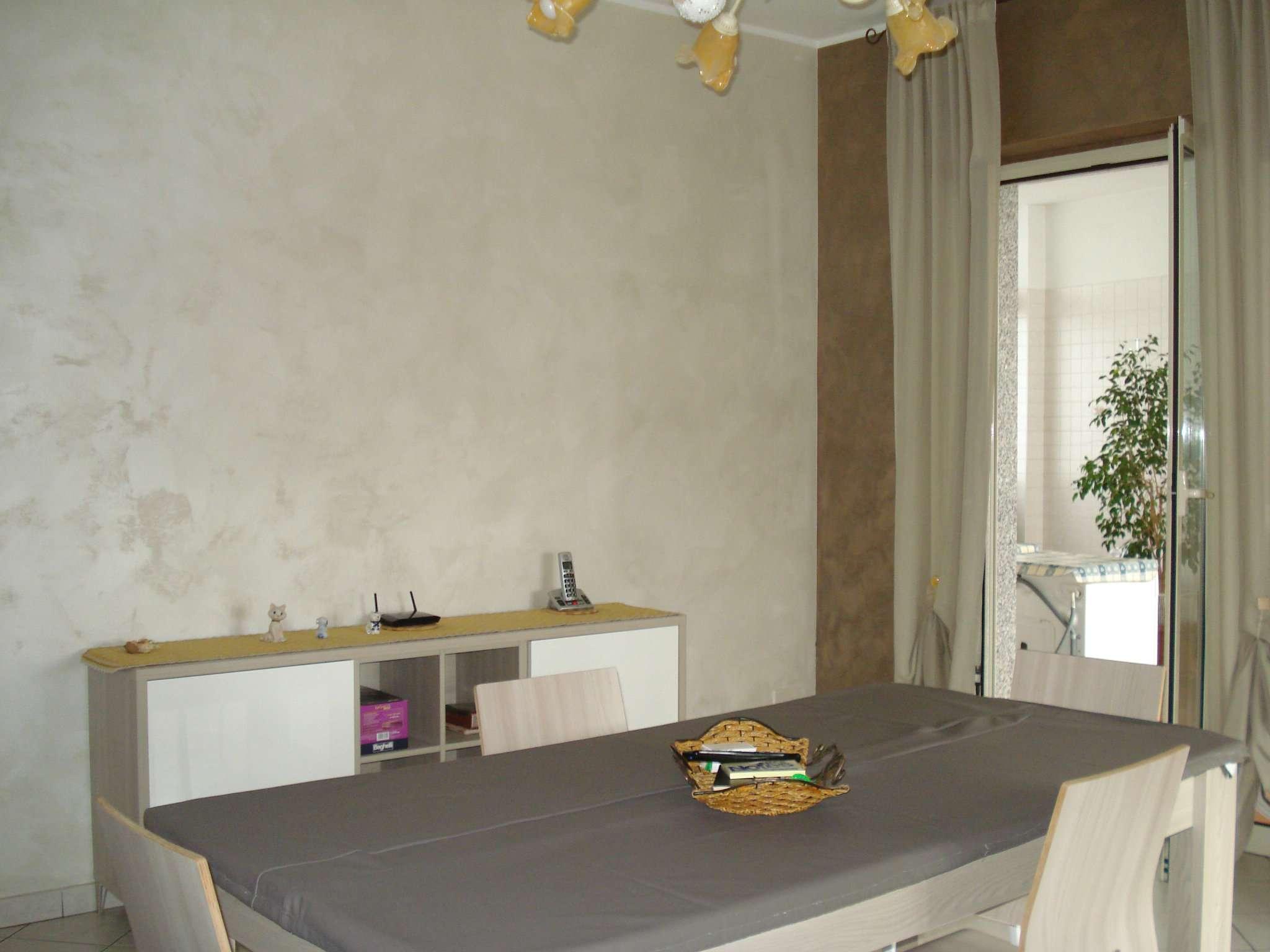 Appartamento in vendita a Beinasco, 4 locali, prezzo € 170.000 | CambioCasa.it