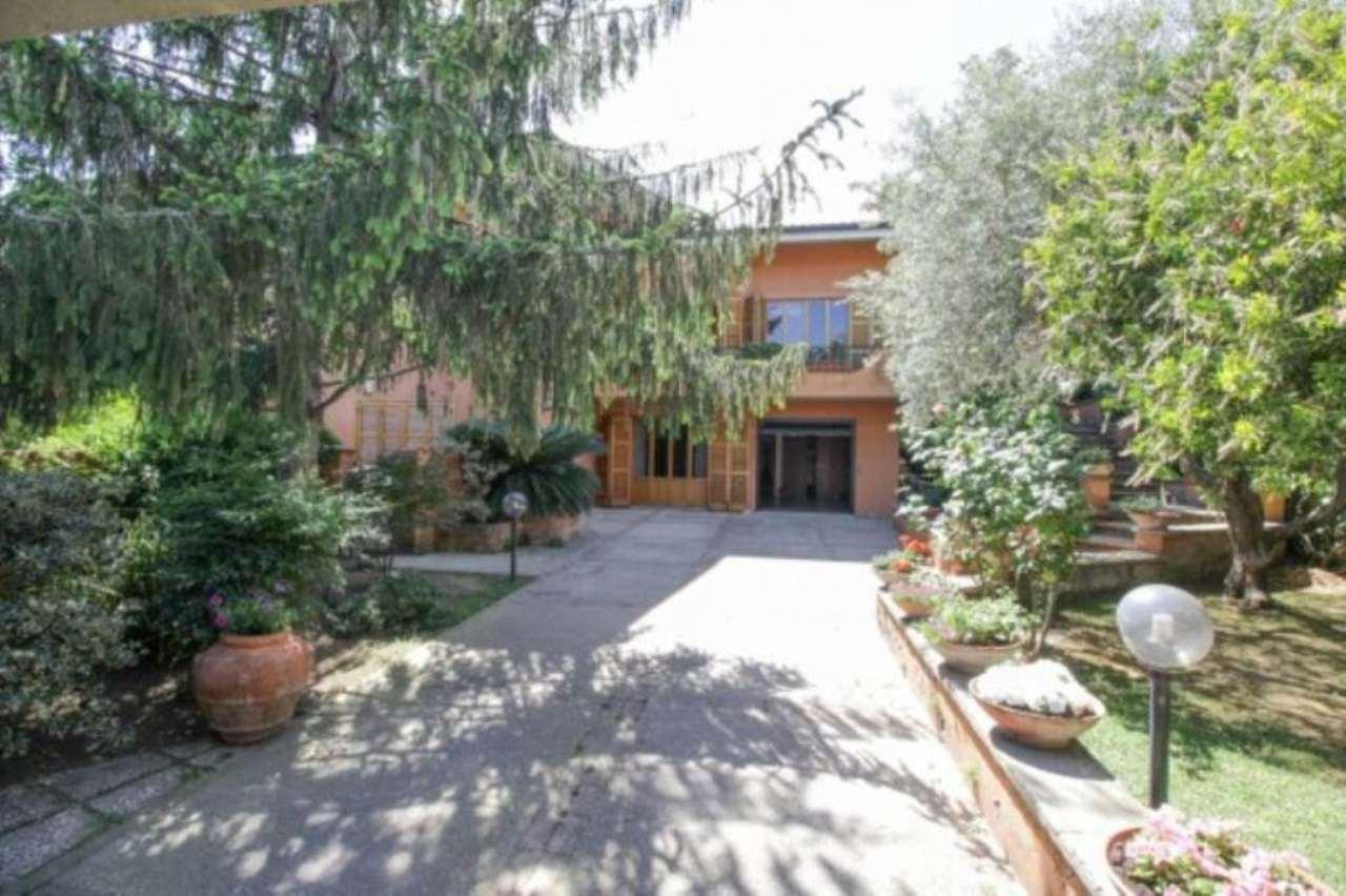 Villa in vendita a Guidonia Montecelio, 6 locali, prezzo € 440.000   CambioCasa.it