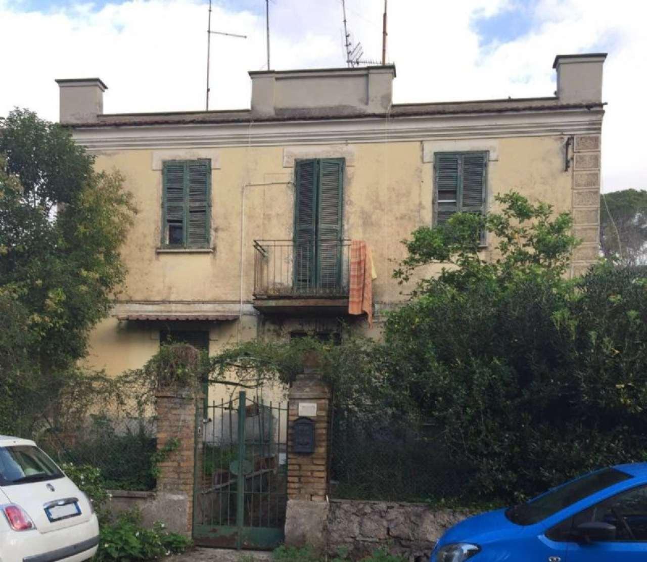 Palazzo / Stabile in vendita a Roma, 9 locali, zona Zona: 23 . Portuense - Magliana, prezzo € 328.000 | Cambio Casa.it
