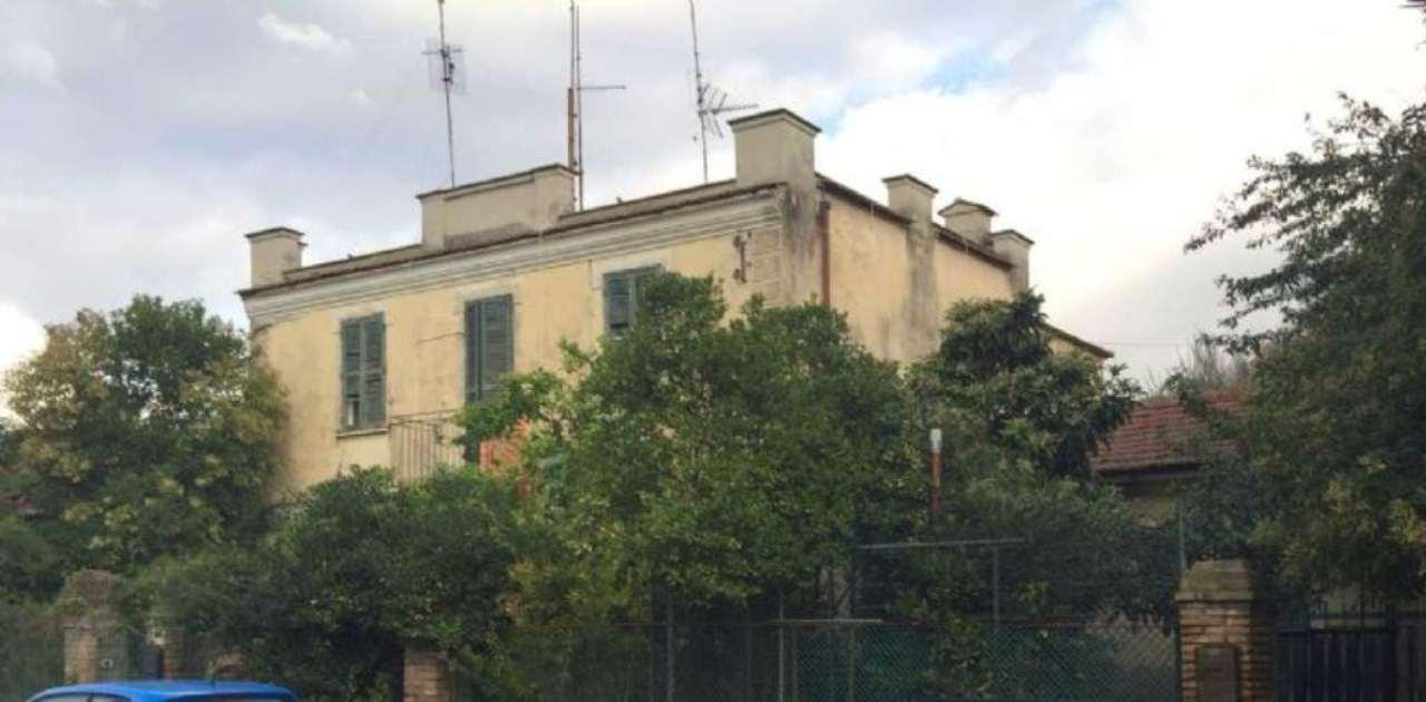 Palazzo / Stabile in vendita a Roma, 9 locali, zona Zona: 23 . Portuense - Magliana, prezzo € 328.000   CambioCasa.it