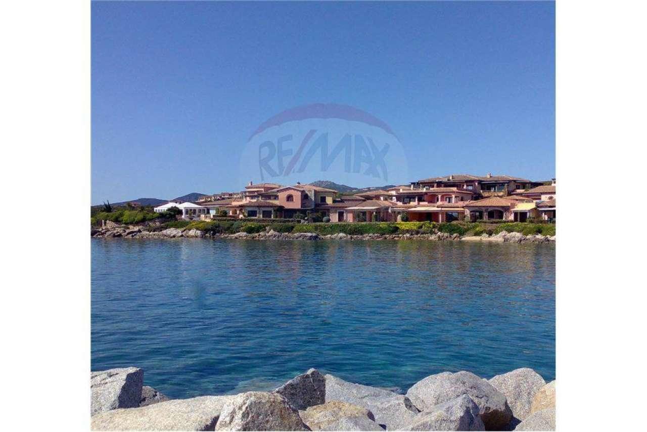 Appartamento in vendita a Golfo Aranci, 12 locali, prezzo € 2.500.000   CambioCasa.it