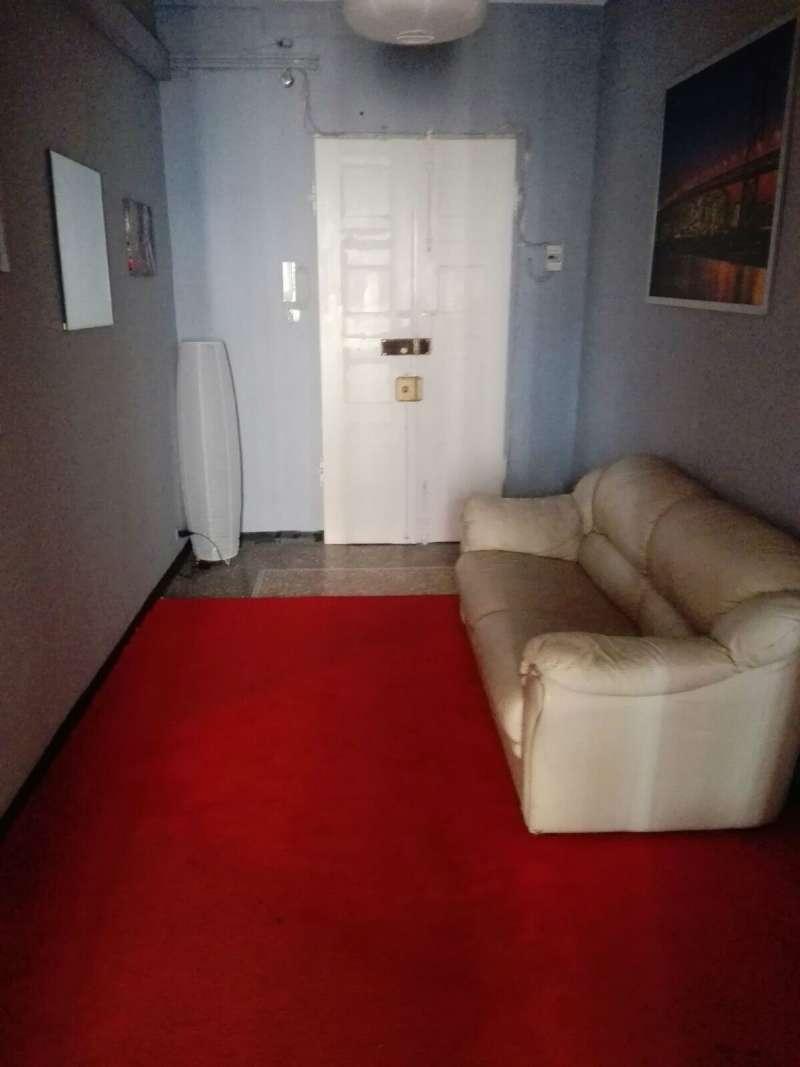 Appartamento in affitto a Genova, 5 locali, zona Zona: 5 . Marassi-Staglieno, prezzo € 600 | CambioCasa.it