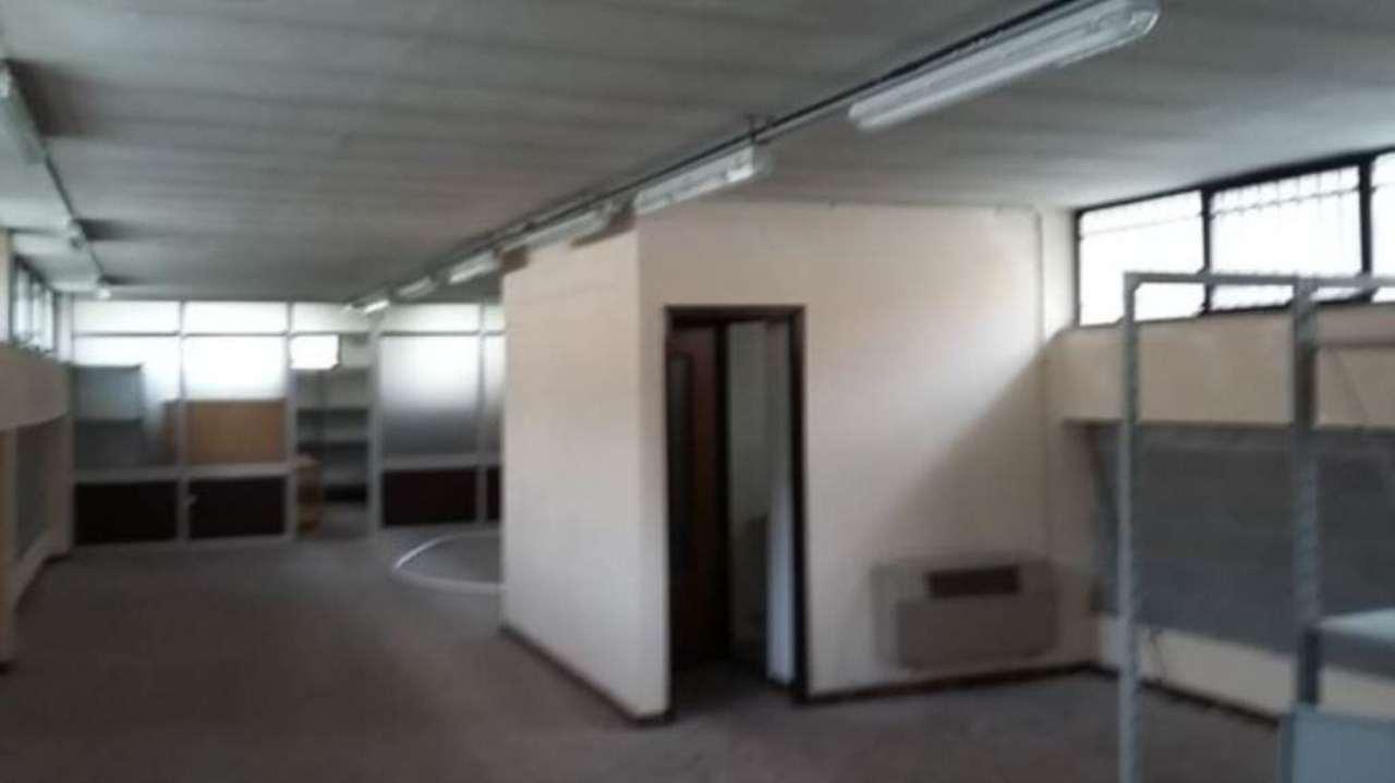 Magazzino in vendita a Cuneo, 9999 locali, prezzo € 180.000 | Cambio Casa.it