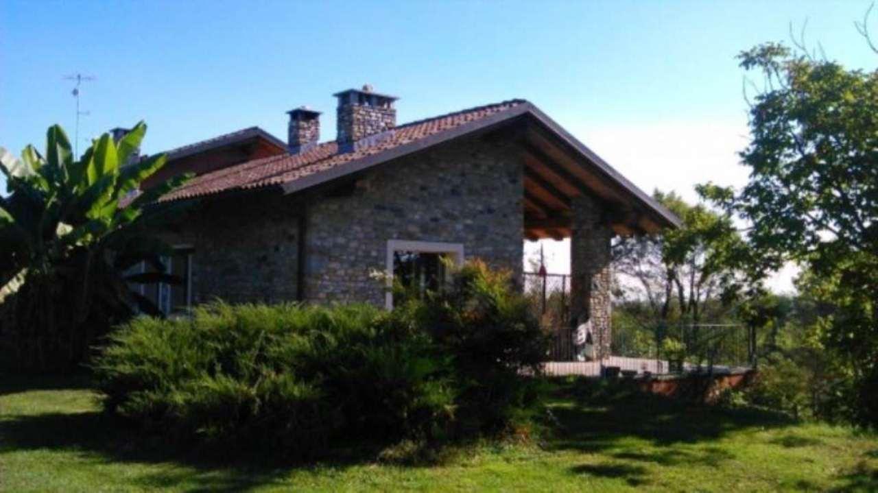 Rustico / Casale in vendita a Villar San Costanzo, 6 locali, Trattative riservate   Cambio Casa.it